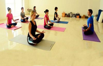 yoga_center.jpg
